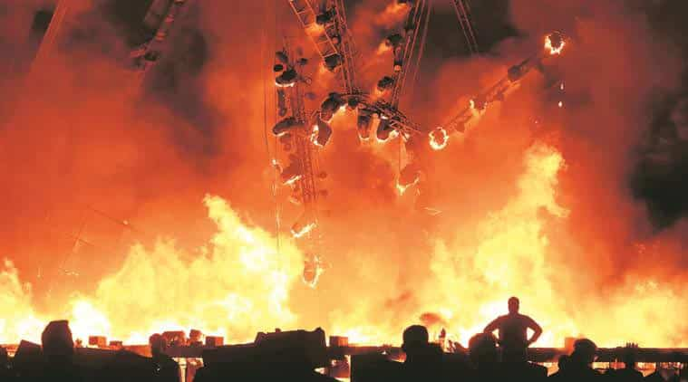 Stage on fire in Mumbai